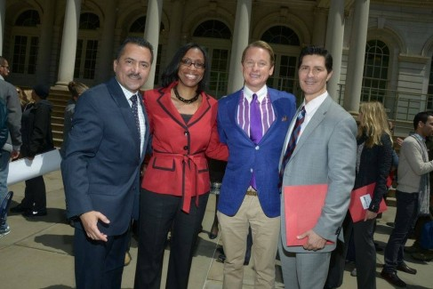 ADRLF's Carson Kressley and Dr Carlos Ortiz supported the National Hispanic Hepatitis Awareness Day in New York.